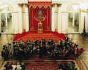 Andreas Spörri dirigiert in der St. George Hall vor dem Zarenthron, St. Petersburg